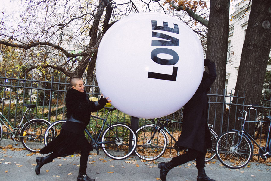 Campbell McDougall and Estefania Campillo Sanchez playing with Big Love Ball at the Hamburger Bahnhof Museum